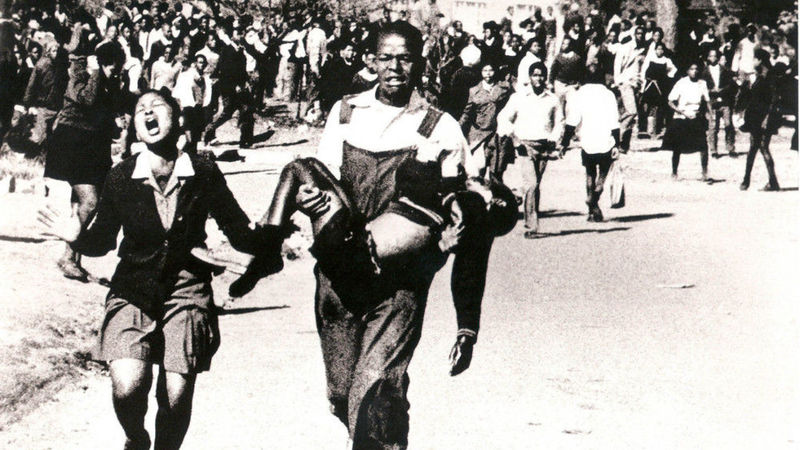 Nzima_Pieterson_Makhubo_Shooting_Soweto_South_Africa_19760616_2.jpg
